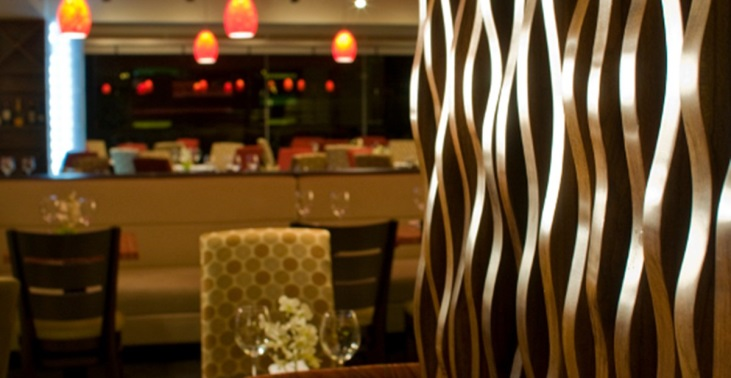https://www.tryphotels.com/media/4463/20151021_trypbywyndham_sanjose_36855_restaurant9.jpg?anchor=center&mode=crop&width=1200&height=620&rnd=130899864760000000