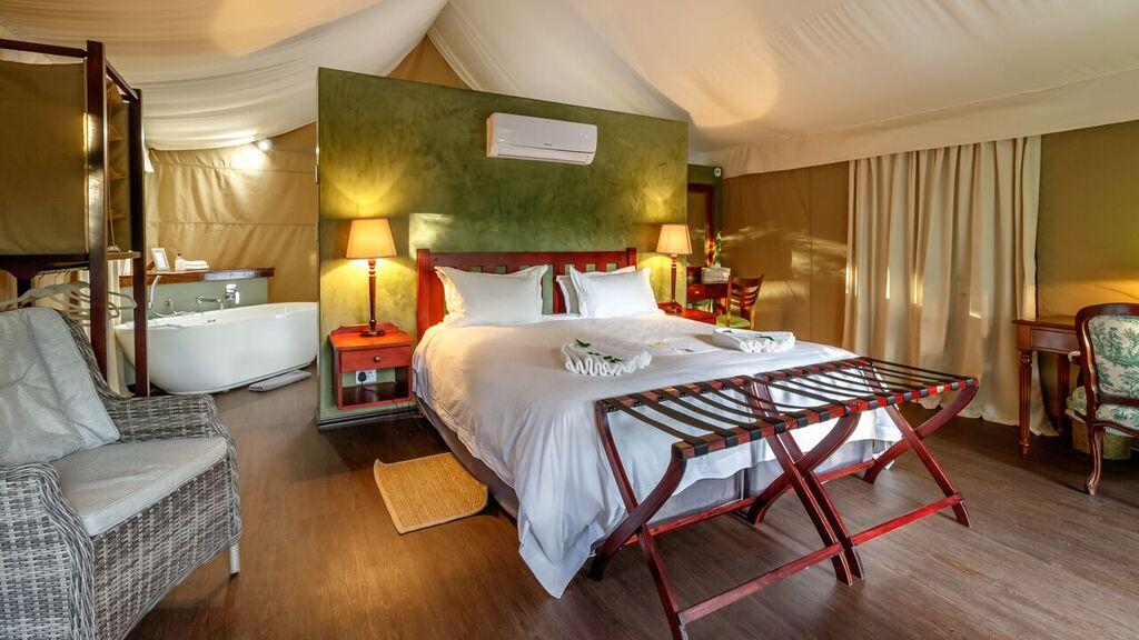 Luxury Tent_Inside.jpg