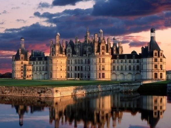 chateau_de_chambord_castle_loire_valley_france