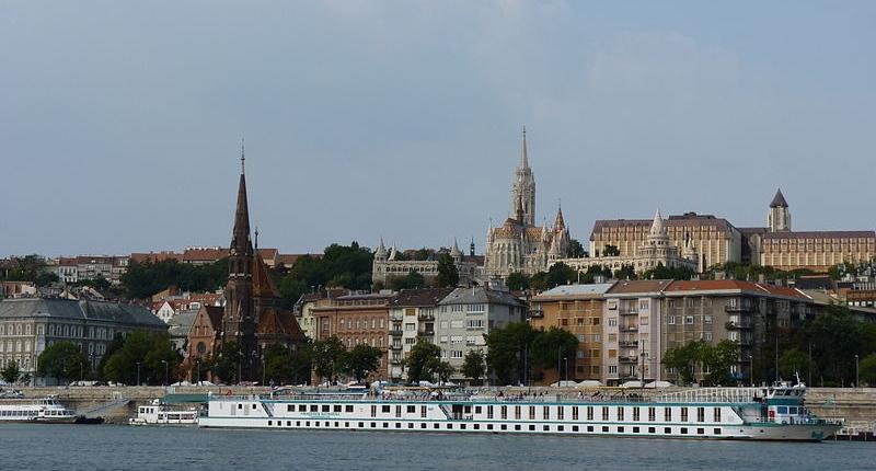 File:Duna Budapestnél 2.JPG