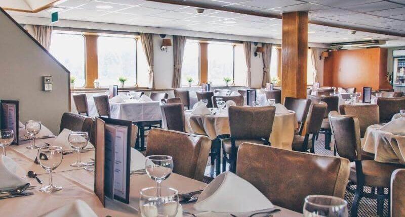 https://cdn.boatbiketours.com/wp-content/uploads/2018/02/Arlene-II_restaurant.jpg