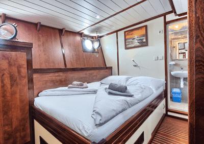 https://www.inselhuepfen.com/wp-content/uploads/2018/10/Andela-Lora_deluxe-ship_cabin1.png